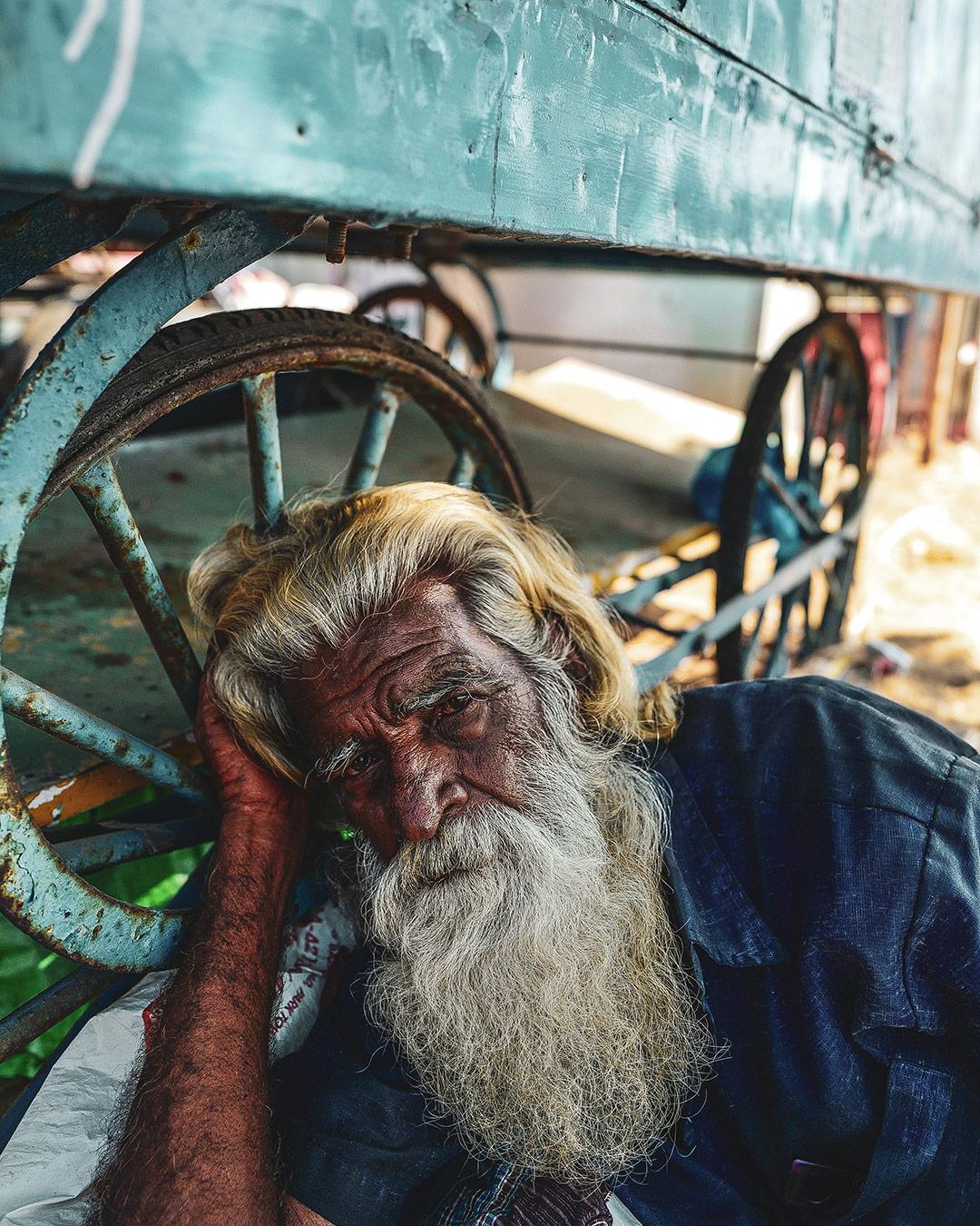 Celui qui dormait sous une roulotte - L'oeil de Ken