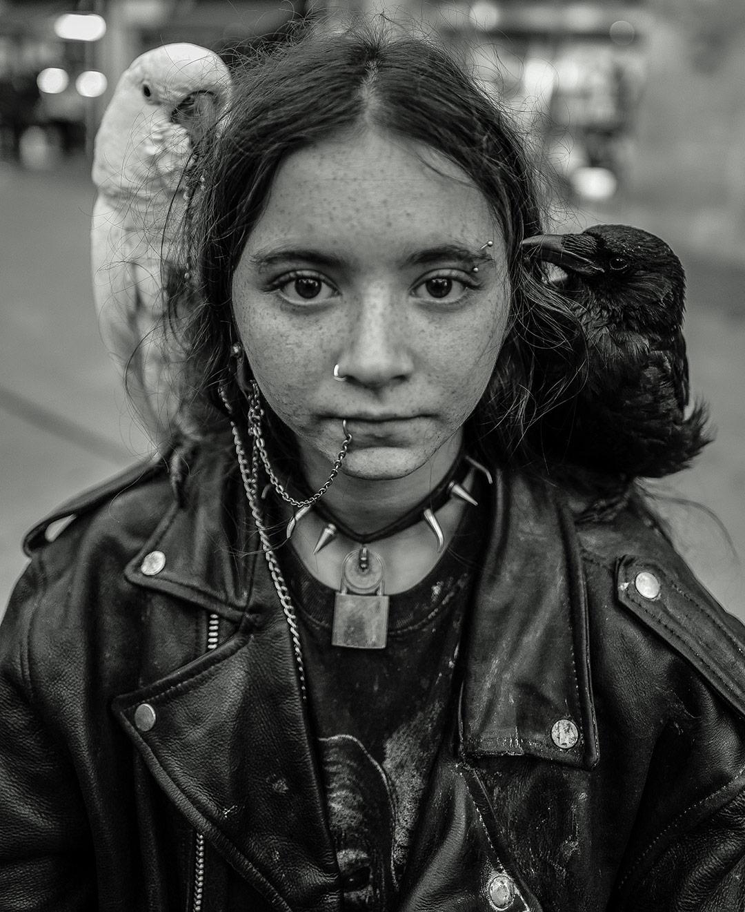 La fille équilibriste - Vivre dehors - L'oeil de Ken